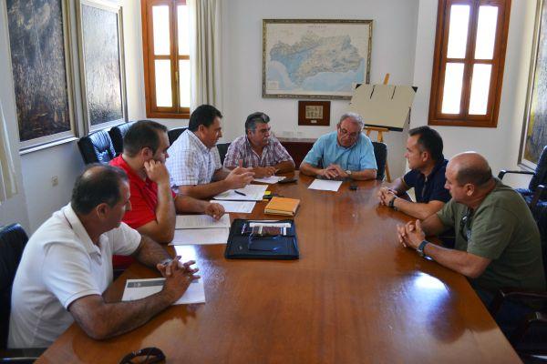 reunión alcalde de vícar 05072013