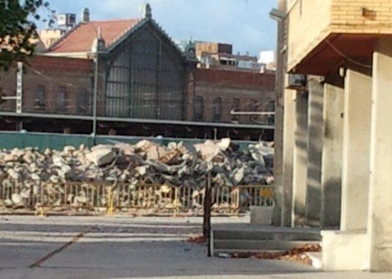 Imagen patio colegio tras demolición