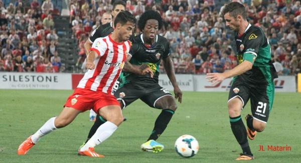 El Almería no gana en Liga BBVA