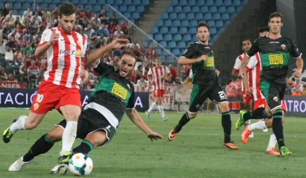 Pichichi de la Liga BBVA con el Almería ante el Atleti