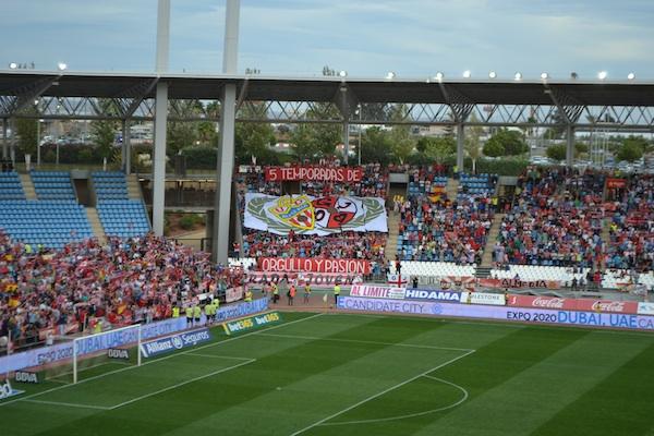 Afición de la UD Almería ante el Levante