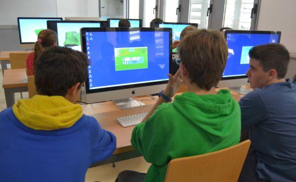 Participantes taller videojuegos