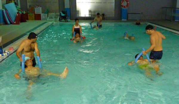 Rehabilitaci n en agua la mejor actividad para personas for Rehabilitacion en piscina