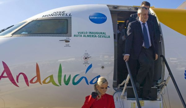 Conexion aérea Almería Sevilla