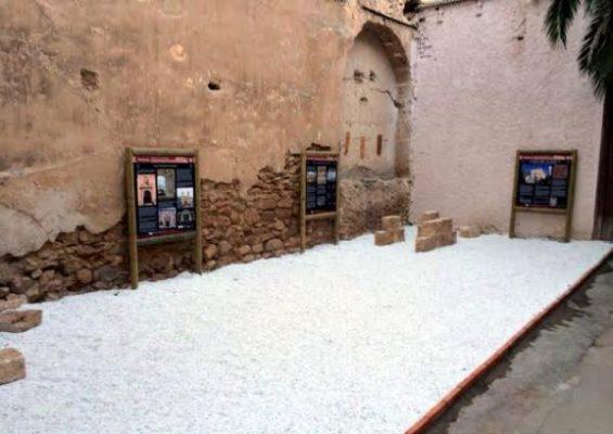Patio de la Iglesia de Almócita, ya rehabilitado