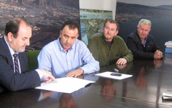 Firma del acta de subvención Junta de Andalucía. Sol y Arena
