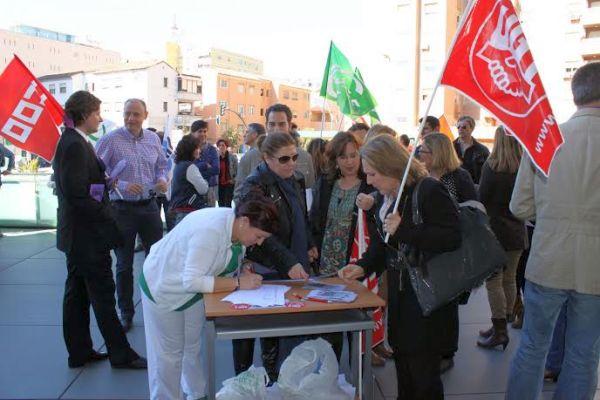 Recogida de firmas contra la privatización del Registro Civil