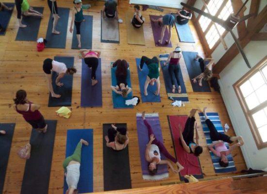Yoga Astanga Vinyasha