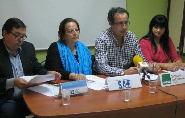 Miembros de la Plataforma Sanitaria de Almería en rueda de prensa