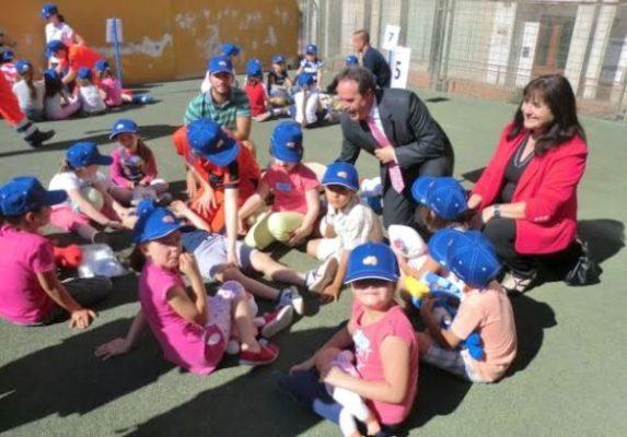 Delegados de la Junta visitan la sesión formativa de los pequeños almerienses