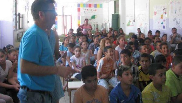Acto de entrega de diplomas en el CEIP El Puche