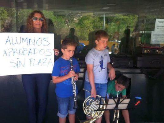 Sigue la lucha de los jóvenes músicos aprobados y sin plaza en el Conservatorio de Almería