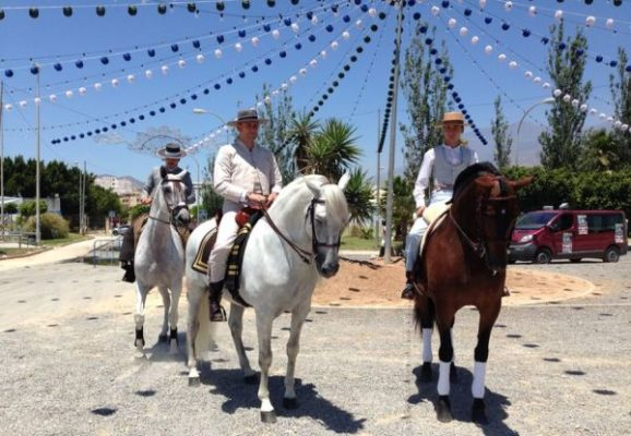 Paseo a caballo por el ejido