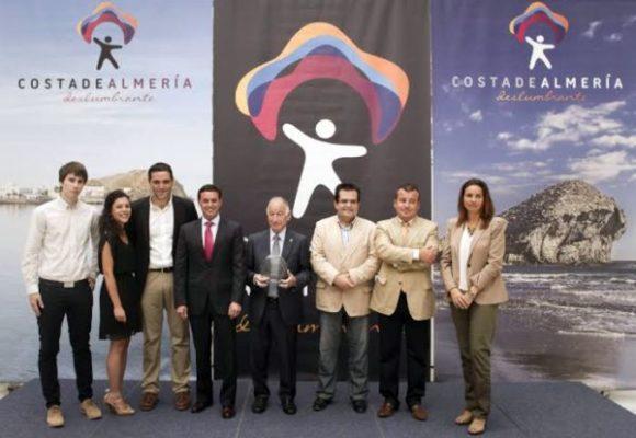 Foto de familia del acto dedicado al Parque Natural Cabo de Gata