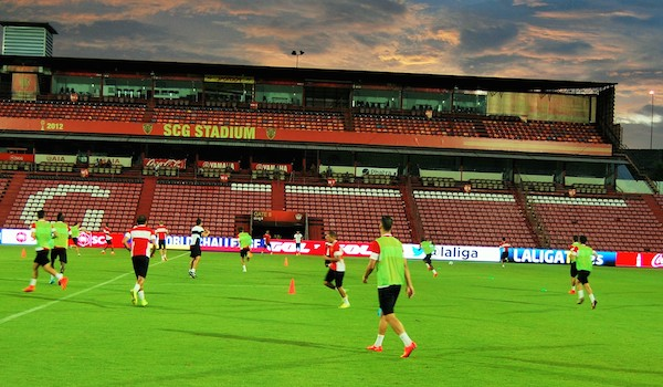 World Challenge LFP con Muangthong United