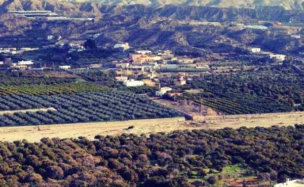 La Junta autoriza a los regantes del Bajo Andarax a usar el agua de la desaladora de Almería