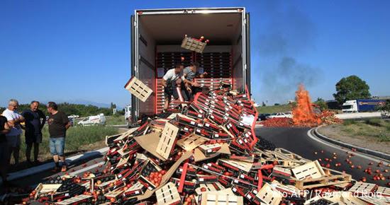 Camiones en francia mercancía tirada