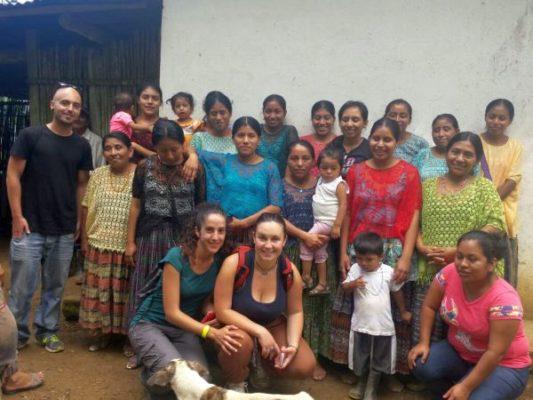Alumnos de grado de trabajo social en Guatemala