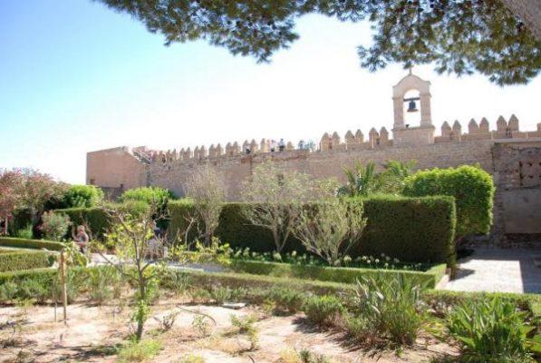 Vista del campanario de la Vela de la Alcazaba de Almería