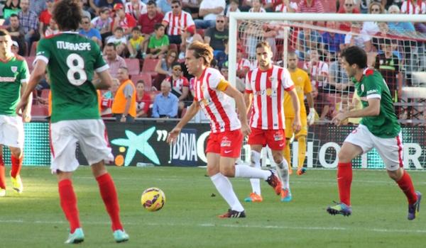 Los jugadores del Almería no ven justo que el Athletic ganara un partido de empate