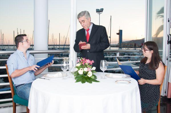 Otra de las imágenes del calendario nos lleva al Club de Mar