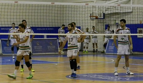 Superliga voleibol ante Cáceres