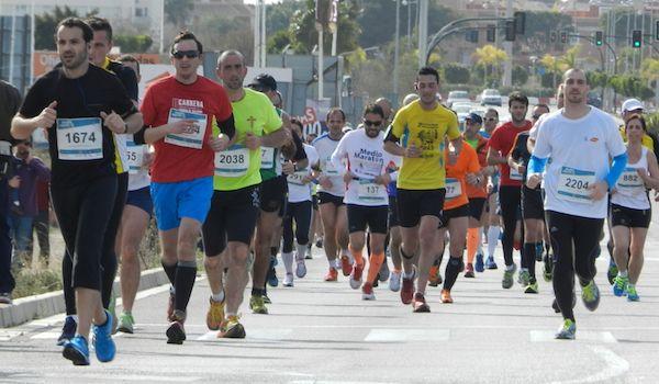Medio-Maratón-de-Almería-2014-grupo