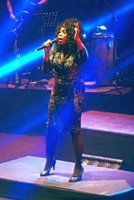 Carlene Graham en su concierto en el Auditorio de Roquetas