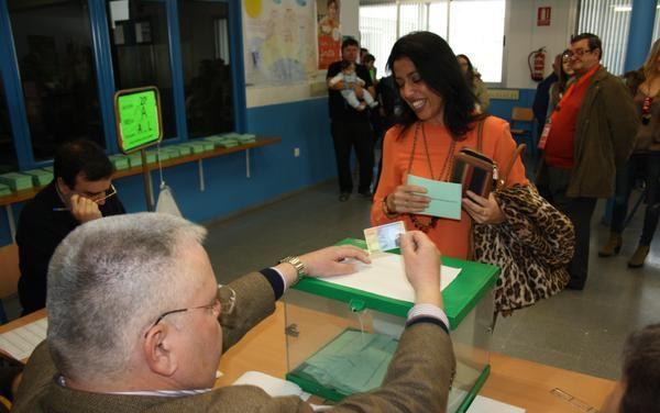 Marta Bosquet vota