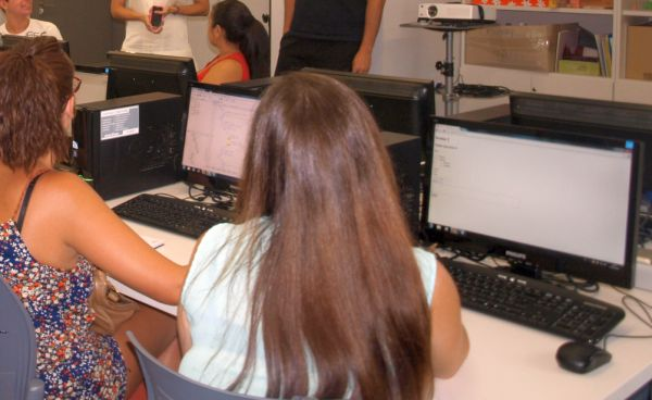 Almería une innovación, medio ambiente e integración en la Jornada Nacional 'Uso de las TIC en Educación'