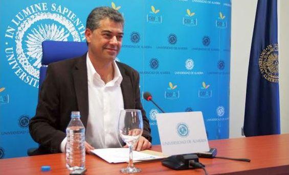 Carmelo Rodríguez rector ual