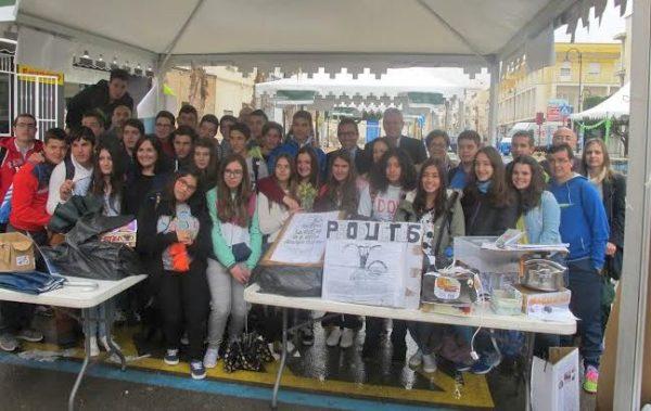 Jóvenes emprendedores en Vera