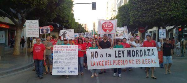 Cabecera de la manifestación convocada por la PAH contrala 'ley mordaza'