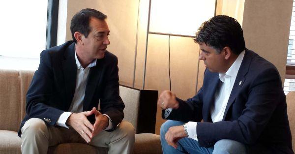 Pérez Navas y Miguel Cazorla