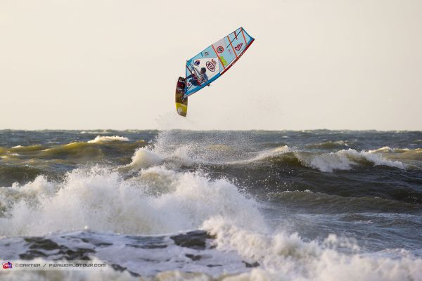 Victor Fernández, windsurf