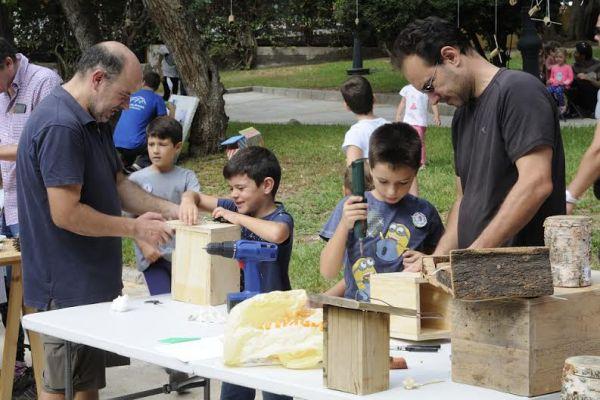 Actividades como la construcción de casas nido implicaron a los más pequeños