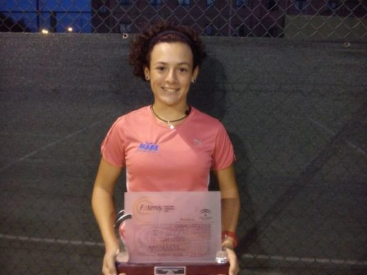 Silvia Vargas, tenis