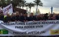 El sector agrícola de Almería para y se manifiesta por unos precios más justos