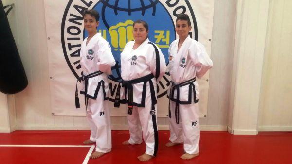 de-izq-a-der-joaquin-moreno-ana-maria-caceres-y-francisco-rafael-gonzalez-taekwondo