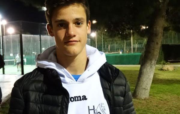 Raúl Navarro, marca mínima para el Campeonato de España de natación