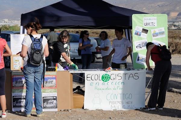 Ecologistas en Acción instala puntos de información