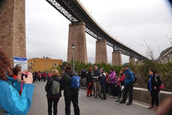 Santa Fe bajo el puente