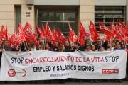Concentración de UGT y CCOO en Almería para exigir el desbloqueo de la negociación colectiva