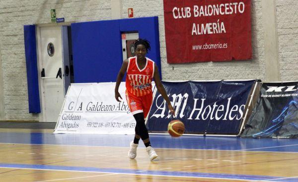 LILLIAN CHUKWUEZE, CB Almería
