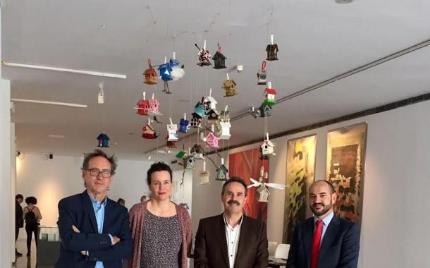 La obra de 36 artistas llega al Museo de Almería con la exposición 'Nuevos nómadas'