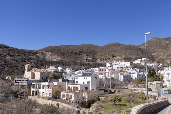 Senderismo, flamenco y tradición en la VI Velada Minera de Beires