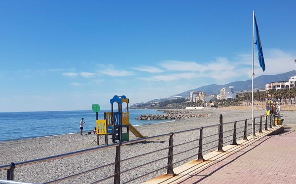 Playa Sirena Loca Adra