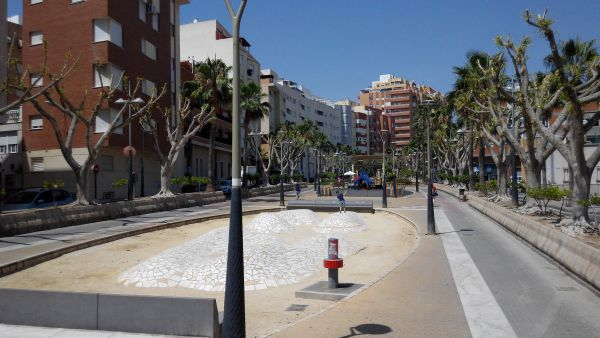 Desmoches y parque infantil Almería