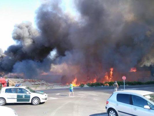 Fuego polígono San Rafael