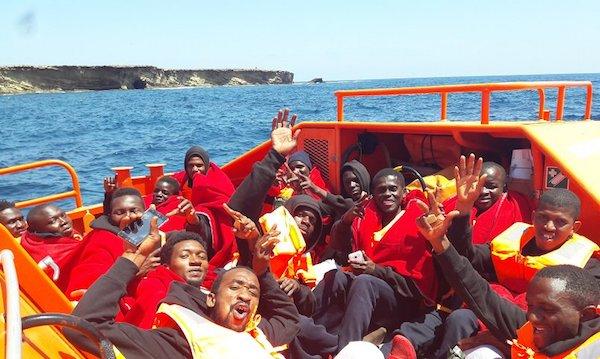 Inmigrantes en la Salvamar Denévola